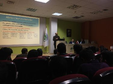"A Panel on ""Do We Know What We Eat?"" Was Organized in Kocaeli University"